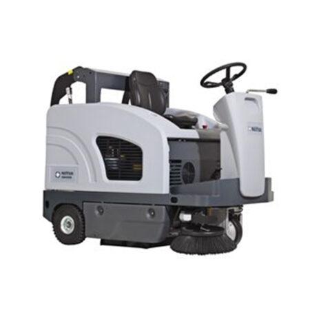 Veegmachine-24v-accu-zitmodel